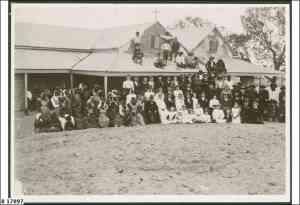 Wedding group of Hermann H. Vogelsang's daughter, Dora (Mrs Paschke) at Bethesda Lutheran Mission, Killalpaninna, 1910