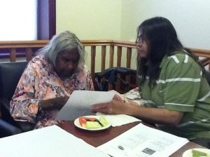 Winnie and Marjorie describing a picture